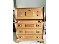 Lovely Vintage Chest of drawers available in Kennington