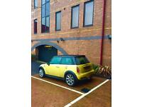 Large Parking Space. Reading City Centre. 2 minutes from Oracle.