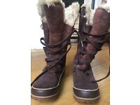 Women's Sorel Tivoli High ii Boot Size 6