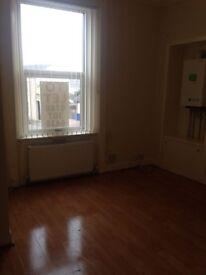 2 Bedroom Flat To Rent in Saltcoats