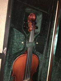 Alfred Stingl By Hofner - Violin + Bow, Case, Resin, Shoulder Rest+spare Strings