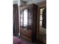 Victorian/Edwardian mahogany wardrobe, large, in very good condition