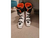 Atomic Hawx Ultra 130 Ski Boot - White - UK size 10
