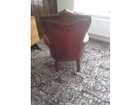 Ladies leather chair - antique - red.