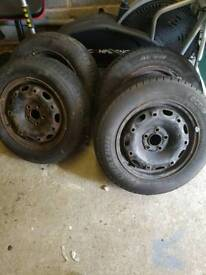 Car wheels/tyres 165 70 r14 and 175 65 r14