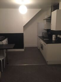 2 bedroom city centre flat, fully furnished