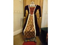 "BOOK DAY MCH 2 ""Queen (of Hearts) "" Fancy dress costume. 3-5 yrs - Shipley"