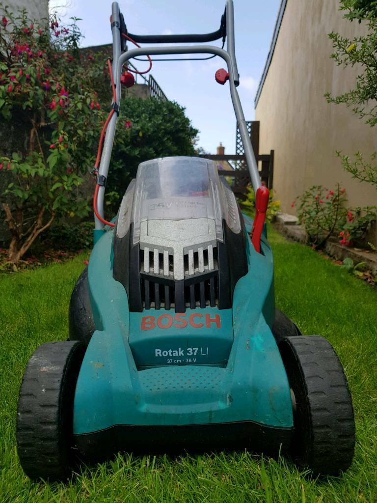 bosch rotak 37 battery lawnmower in camborne cornwall gumtree. Black Bedroom Furniture Sets. Home Design Ideas
