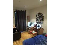 ZONE 2 / DOUBLE ROOM TO SHARE / COUPLES ALOUD ALL BILL INC