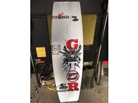 Wakeboard - Gator Militant 140 - Brand New