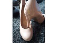Ladies new look heels