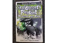 Skulduggery Pleasant - Playing With Fire by Derek Landy (Paperback)