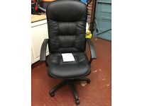 Black high backed computer/desk chair