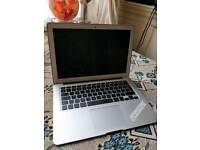 Weekend special - LATE 2014 APPLE MACBOOK AIR 13 inch Intel i5 4gb 256ssd laptop