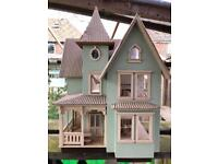 Green leaf dolls house