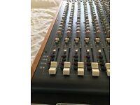 Allen and Heath Zed R16 Mixing Desk - Excellent Condition