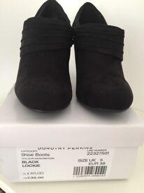 Brand new UK 5 Dorothy a Perkins shoe boots black