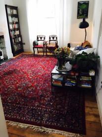 Beautiful Arabesque Pure Wool Carpet Rug