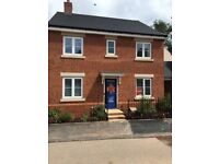 4 Bedroom, Bovis Home, almost new in Dawlish. 3 Bathrooms,Gardens, Garage, Parking