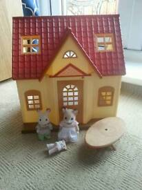Sylvanian families cosy cottage with figures