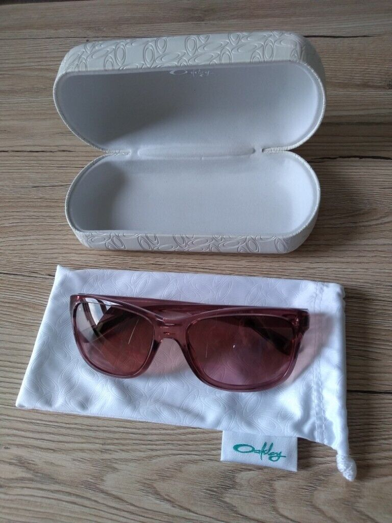 93dc389d9bec Oakley Forehand women's SUNGLASSES, Rose colour, NEVER WORN, Manufacturers  no OO9179-05, with case