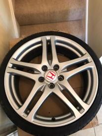 """Honda Civic Type R Alloys - FN2 Civic Rage 19"""" with tyres"""