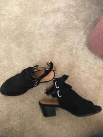 Women's shoe size 5