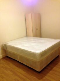 Huge Room, 30min to-from Central London - MUST SEE - 150sqft - AVAILABLE NOW