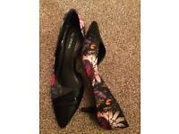 Call it spring floral shoes size 39 New!