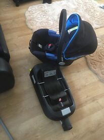 Simplicity Silvercross Car seat and Isofix Base