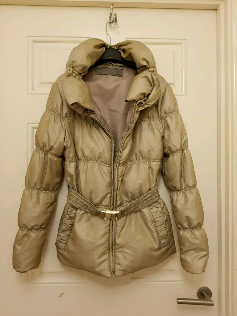 Zara woman's coat size M