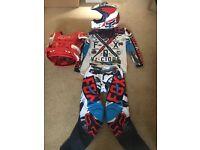 2016 fox armour kit and helmet for Cr crf Yz yzf Ktm etc