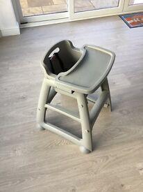 Rubbermaid High Chair