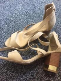 New look size 6 sandals wide fit