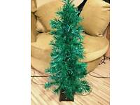 KIDS 3ft BLUE XMAS TREE. FIBRE OPTIC. FREE DELIVERY
