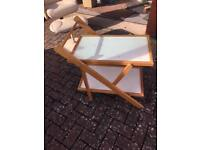 Folding table for the beach or side