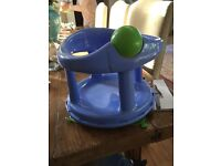 Baby bath swivel seat