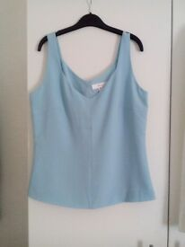 Nice blue lined top from NEXT. Fit 10/12. £3.