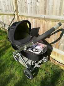 Babystyle Oyster complete travel system with buggy, carrycot, car seat & mount & accessories
