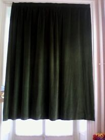Heavy Green luxury velvet double lined curtain cleaned ready to hang (210cms wide x 230cms long)