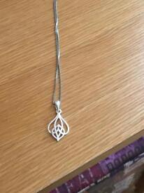 Genuine sterling silver bracelet pendant and chain hallmarked 925