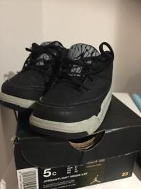 Infant Jordan trainers (size 4.5)