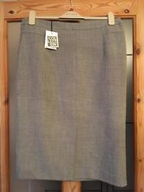 Debenhams lined skirt size 14 BNWT