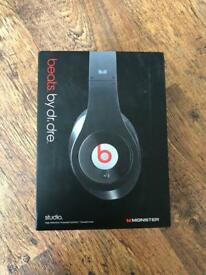 Beats by dre studio monster edition