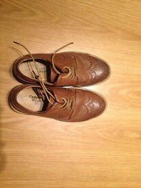 Men's brown shoes size 9