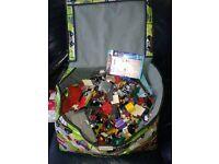 massive box of LEGO approx 5-7kgs