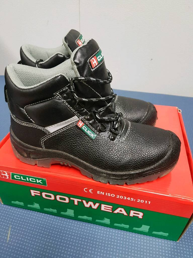 Safety boots size 5