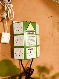 Cheshunt Hydroponics Store - used Cannatronics 6 way timer with heater switch
