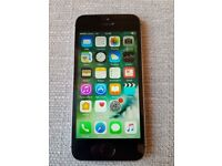 iPhone SE 16GB Space Grey Unlocked To any Carrier