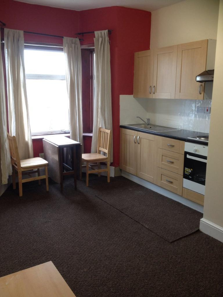 LARGE STUDIO TO RENT IN ILFORD FOR £800PCM WITH ALL YOUR BILLS INCLUDED! 5 MINS WALK TO SEVEN KINGS!